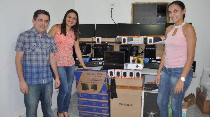 Secretaria de Saúde entrega equipamentos para os PSFs