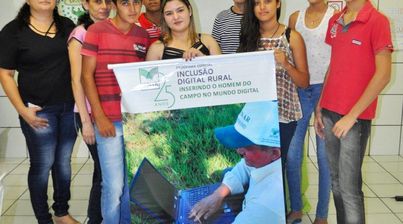 NEJA: Curso de informática leva tecnologia aos jovens do campo