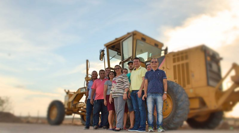 Prefeita e vereadores visitam as obras da estrada Cavaco-Antonico