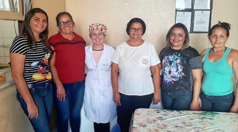 Equipe da cozinha do Hospital de Quixelô recebe capacitação