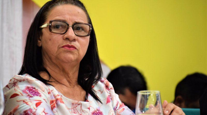 Preocupada com a segurança dos cidadãos quixeloenses, Fátima Gomes participa de Audiência Pública sobre a Segurança na Região Centro-Sul