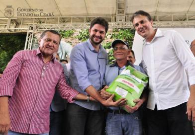 Agricultores de QUIXELÔ dispensados do reembolso do Hora de Plantar