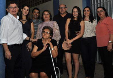 Prefeita Fátima Gomes entrega o piçarramento da estrada do Cavaco- Antonico
