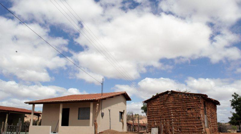 Prefeitura de Quixelô já entregou perto de cem casas e mais 80 casas estão em processo de viabilização