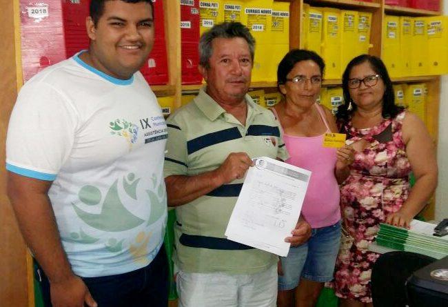 Beneficiária solicita desligamento voluntário do Bolsa Família em Quixelô