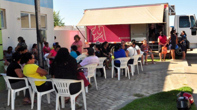 Caminhão itinerante 'Amigos do Peito' realiza mamografias gratuitas em Quixelô
