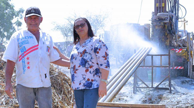 Poço na comunidade de Angicos 1 tem vazão de 8 mil litros/hora