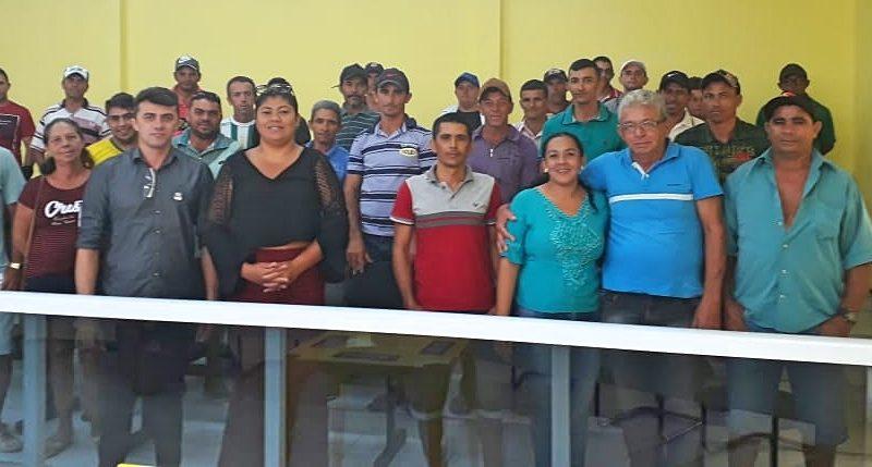 SDA de Quixelô reúne apicultores