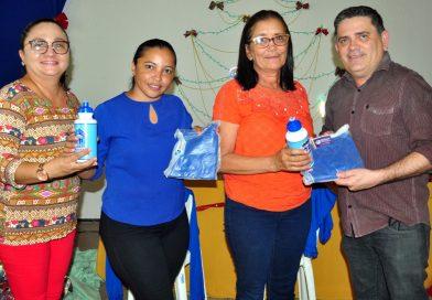 Saúde entrega fardamentos para Agentes Comunitários