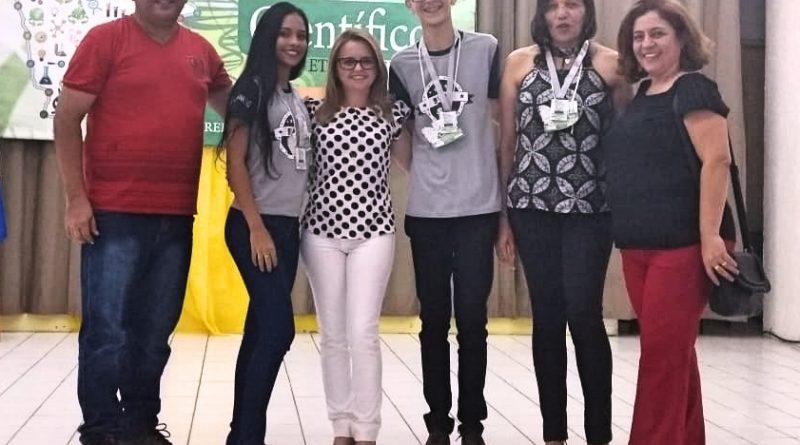 Alunos de Quixelô conquistam o 2o lugar no III Ceará Científico da CREDE 16