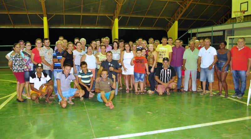 Prefeita Fátima Gomes reúne-se com a comunidade do Jiqui para dar início ao projeto da Adutora do Maracajá