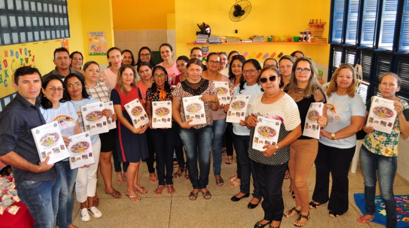 SEMANA DO BEBÊ: Palestras e oficinas sobre aleitamento materno, alimentação saudável e circuito literário são os principais assuntos para segundo dia