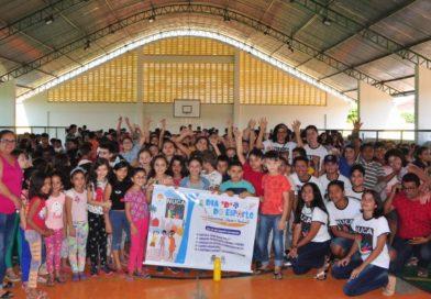 """Dia """"D"""" do Esporte Seguro e Inclusivo é realizado em Quixelô"""